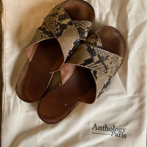 Leather and cork sandals from Anthology Paris!